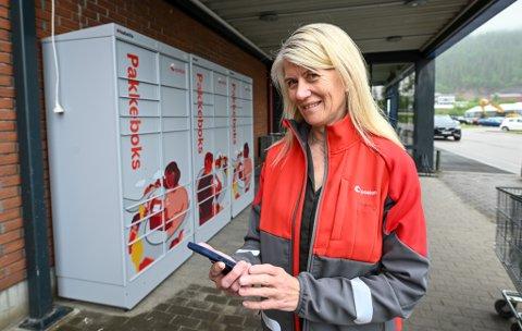 – Pakkeboks, i første omgang plassert fire steder i Rana, er et nytt tilbud fra Posten, sier distriktssjef Servicenett Nordland, Helén Albertsen.