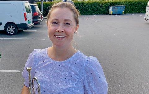 NYTT: - Vi må tenke nytt og være kreative, sier dirigent Linda Rømo.
