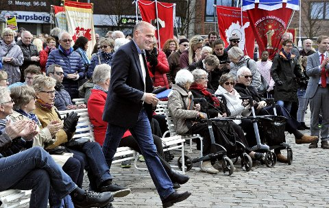 HOVEDTALER: Geir Lippestad var hovedtaler under 1. mai-arrangementet i Sarpsborg.