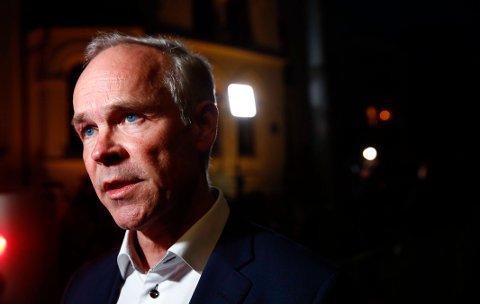 Kunnskapsminister Jan Tore Sanner åpner for at elever som sliter skal kunne ta et 11. skoleår.