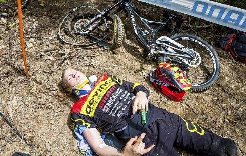 STYGG ULYKKE: Brage Vestavik ble liggende fem timer i jungelen i Australia før han ble fraktet til sykehus etter den stygge sykkelulykken. Det endte med to brudd i ryggen.      FOTO: Rob Dunnet