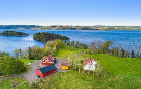 FLOTT UTSIKT: Nesveien 178 i Båstad ble nylig solgt for 10 millioner kroner.