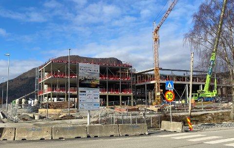 STØRSTE: De enkelte investeringen som kommunen har satt av mest penger til i 2021 er Nye Fjelltun skole. Arbeidet er kommet godt i gang.