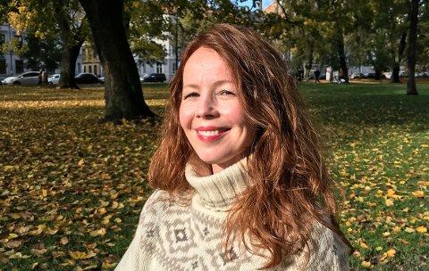 SPENNING: Anne Audhild Solberg frå Sauland har nettopp gitt ut ein ungdomsroman og skriv også på ei ny bok. No har ho gått over til nye sjangere.