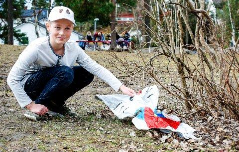 Miljøbevisst: 12-åringen Filip Lindberg Lund er elevrådsleder ved Nesoddtangen skole og tar ansvar for miljøet på 17. mai. Foto: Privat