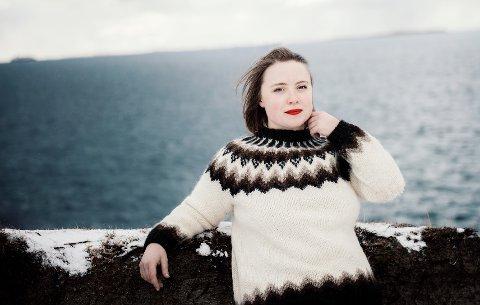 Thale Krogtoft gir ut ny sang på søndag. I tillegg skriver hun på en musikal som kan få premiere i 2024. Foto: Eirill Delonge