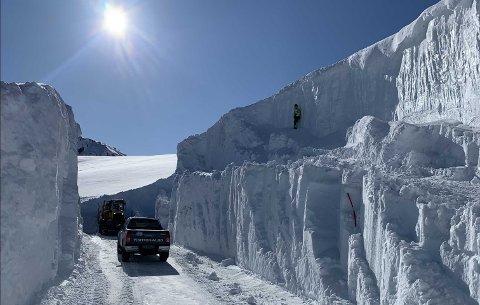 Dette bildet ble tatt under snømåking for halvannen uke siden.