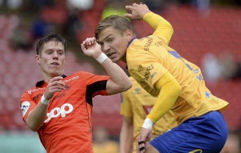 Joakim Hammersland (t.v.) scoret Åsanes eneste mål i Grimstad onsdag, men det var «too little too late». På det tidspunktet ledet Jerv med tre mål, og de vant til slutt fortjent 3-1.