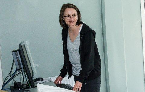 TIL SIGDALSHEIMEN: Jeanette Larsson slutter ved Fjordbyen Legesenter og begynner som sykehjemslege ved Sigdalsheimen.