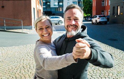 ER MED I «SKAL VI DANSE»: Lørdag skal radioprofil og drammenser Michael Andreassen (47) svinge seg på parketten sammen med dansepartneren Ewa Trela (41).
