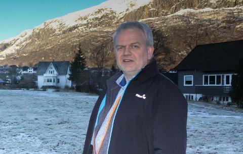 FOR HØG PRIS: – Dette er ikkje verdt prisen, seier entreprenør Øystein Våge. Saman med Leif Vagstad og Rune Berge skulle han bygge leilegheiter i Askvoll sentrum.  Dette bildet er ikkje frå den aktuelle tomta.