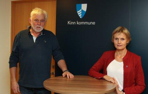 Smittevernoverlege Jan Helge Dale og kommunalsjef Norunn Stavø.