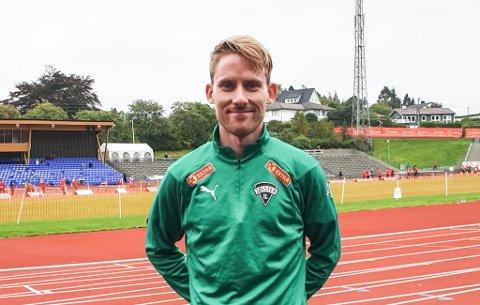 SATSAR VIDARE: Eivind Øygard slo krinsrekorden på Fana stadion søndag. No siktar han mot gyldne grenser. Under åtte minutt på 3.000 meter, under 14 minutt på 5.000 meterog under 29 minutt på timila.