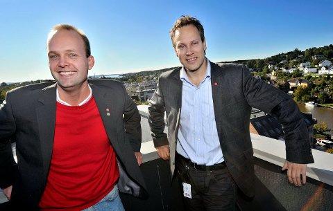 De to ordførerne fra henholdsvis Sarpsborg og Fredrikstad, Sindre Martinsen (t.v) og Jon-Ivar Nygård er klare til å svare på lesernes spørsmål vedrørende bomringen.