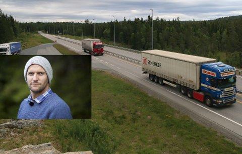 NÆRE PÅ: Det var i nordenden av denne strekningen at det holdt på å gå galt for Stig Granheim og den møtende tungtransportsjåføren. - Jeg lukket øynene og sa farvel, sier Granheim om nestenulykken.