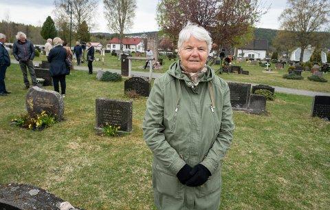 HVERT ÅR: Tidligere kultursekretær, Anne Eli Felberg (78), arrangerte den første markeringen for 25 år siden. Har vært med i alle år, og det var morsomt å se at det var så mange som møtte opp.