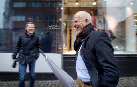 JUBLER: Adm dir Egil Severeide.  Til venstre på bildet ser du Bernt Jæger. Arkivfoto: Harald Nordbakken