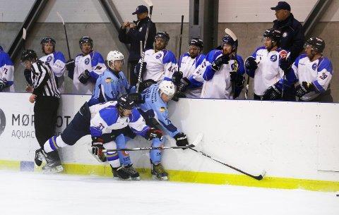 TØFFE DUELLER: Haugesund Ishockeyklubb kan nå konsentrere seg om nye tøffe dueller på isen.