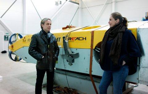 I VEKST: Daglig leder Jostein Alendal forteller at Reach Subsea i dag er 90 ansatte. Nå skal de bli flere. Her fotografert ved en tidligere anledning sammen med kollega Birgitte Wendelbo Johansen.