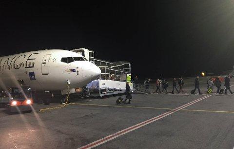 KUTTER SISTE ANKOMST: Det er ikke så lett å komme seg hjem til Haugesund fra Oslo med fly seint på kvelden i hverdagene i januar og februar.