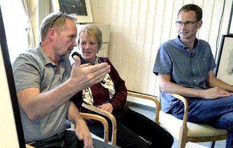 Trioen: Stig-Ove Sivertsen, Anne Severinsen og Tor Martin Leines Nordaas holdt publikum i ånde.