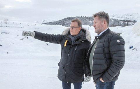 - Vi har mer enn nok plass, sier Håkon Johansen som viste Bjarne Brøndbo rundt på et snøfekt Åremma.