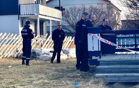 PÅGREPET SAMMEN: De to islandske siktede ble pågrepet lørdag etter at den enes halvbror døde etter en skuddskade. Ifølge den hovedsiktede var drapet en ulykke. Mannen som er siktet for medvirkning nekter for å ha hatt noe med drapet å gjøre.