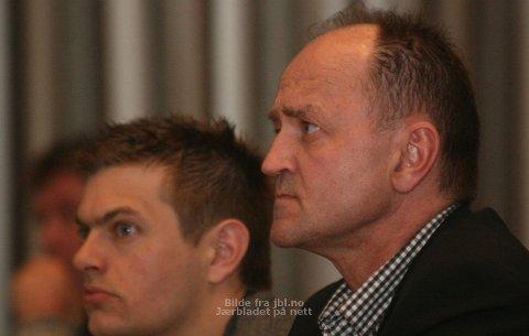 SA JA: Bjørn Sæstad (til høyre) og resten av Høyre-representantene sa ja til å opprette étt, felles skatteoppkreverkontor på Jæren. Roar Lima Grødeland (til venstre) fra Sp stemte også for å dele kontor med Time og Hå. (Foto: Nina Kalvatn Opsahl)