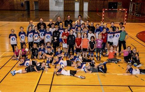 Håndballskole: KIF håndball har holdt håndballskole flere ganger. Dette bildet er fra en håndballskole i 2017.