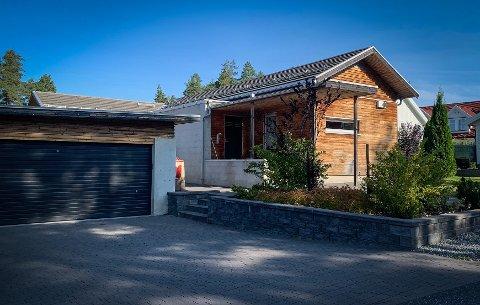 SOLGT: Huset i Soners vei topper listen for eiendomsoverdragelser i Kongsberg. Huset ble solgt for litt over 9 millioner kroner.