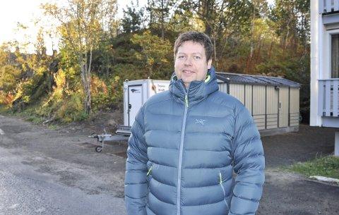 Ny stasjon: Morten Jenssen foran den nye nodestasjonen. Foto: Åshild Marita Håvelsrud