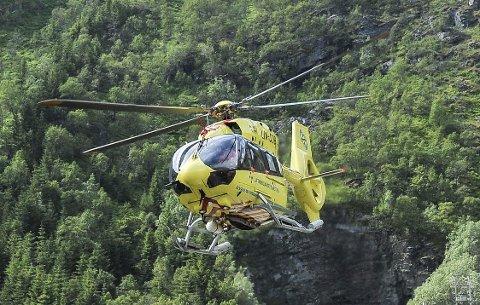Luftambulansen: Stiller med to helikopter til øvelsen.