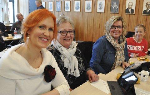 Høy kvinneandel: Mandag var fire av åtte arbeiderpartipolitikere i Vågans kommunestyre kvinner. Her er Lena Amalie Hamnes, Bjørga Delp, Oddrun Ellingsen Storhaug og Gina Haga Rothli.Foto: Åshild Marita Håvelsrud