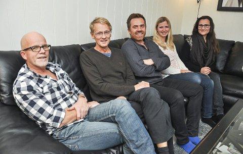 Lofotleger AS: Harald Sivertsen, Jan Herman Høst, Oddgeir Skoglund, Benedikte Aase Jensen og Silje Fredriksen. Elin Gjerstad er også en del av teamet som holder til i Storgata. De er bekymret for rekrutteringen av nye leger i fremtiden.
