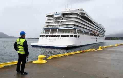 Flakstad kommune er negative til å støtte cruisetrafikken og relaterte næringer.