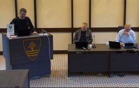 BEKYMRING: Varaordfører Jon-Are Åmland (KrF) var blant dem som sa nei til å utrede en nedleggelse av Kvås skole.