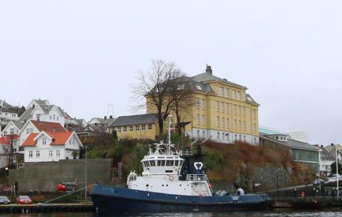 EILERT: Nå rammes også Eilert Sundt videregående av koronaalarm, etter at en av VG2-levene som deltok på skolens tur til Eikerapen for en uke siden har fått påvist smitte.