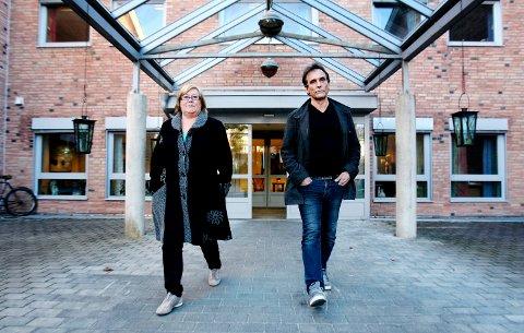 Nye tall: - Orkerød sykehjem er ny i statistikken etter å ha vært drevet privat i flere år, sier Hilde Torgersen. Her er hun sammen med Frank Bergflødt, nestlederen i Fagforbundet.