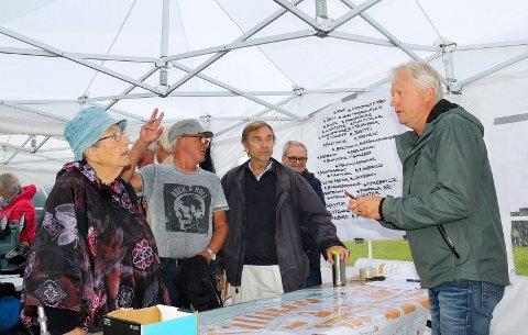Tankesmie: Landskapsarkitekt John Berg tok imot synspunkter om fremtidens bruk av Fleischer Parken.