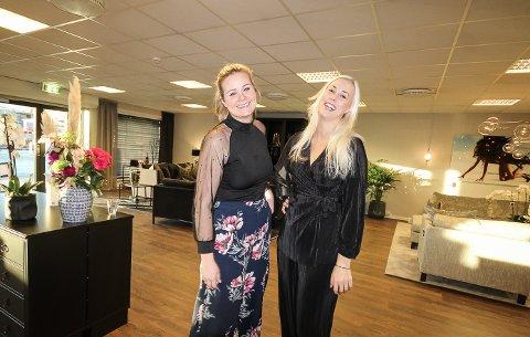 I GANG: Liva Halvorsen Balsløw og Christine Andersson (t.h.) vil hjelpe folk å med kjøp og innredning av hjemmene sine. Sammen har de startet House Living i Moss.