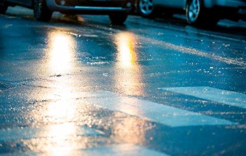 Trøndelag har vært preget av trafikk-kaos lørdag morgen, og utover lørdag formiddag og videre i helga ventes problemer i Namdalen.