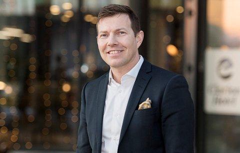 SKIFTER BEITE: Øyvind Alapnes går fra en stilling som nordisk direktør for Clarion Collection Hotel til å bli den nye lederen for den daglige driften i Tromsø IL. Dette skal bli offisielt i løpet av kort tid.