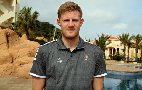 TIL SVERIGE: Lars Sætra skal fortsette fotballkarrieren i Sverige.