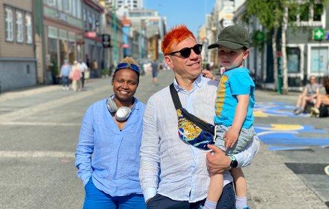 """LOVER FESTIVALHØST: Nasra Omar og Vasil Gjuroski har fått støtte fra Norsk Kulturråd og har hentet det de omtaler som en """"global verdensstjerne"""" til Tromsø."""