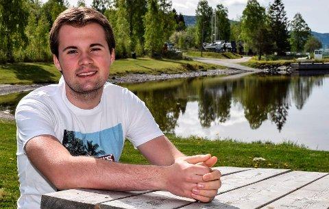 UT AV AP: Jeg ønsker ikke være en del av et parti der folk konkurrerer om posisjoner og bedriver skittkasting mot hverandre, sier lokalpolitiker Sander Vestby.