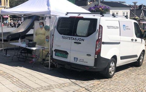 UTBRUDD: Kommunen flytter nå den mobile teststasjonen til Stavern etter flere utbrudd på stedet de siste dagene.