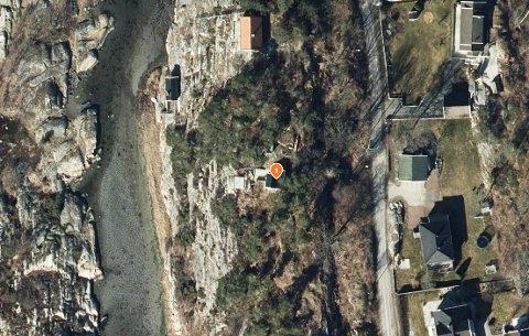Her ligger dagens hytte i Langvikveien 45. Det er planer om å bygge nytt.