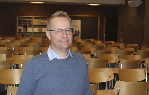 NYE FAG: Under den åpne dagen på Porsgrunn videregående skole, vil det gis informasjon om fag som vil tilbys for første gang fra den kommende høsten. Jan Freddy Gusfre ser fram til å ønske elever og foresatte velkommen på besøk.