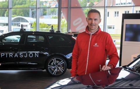 2. JUNI: Flyttet salgskonsulent Jon Erling Kaasa (39) og Autostrada Volvo inn i lokalet på Vallermyrene. – Starten viser at folk synes det er topp å ha oss her, sier Kaasa.