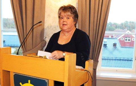 FORNYER IKKE LEIEN: Eiendomssjef Helena Vårli i Bamble kommune har meddelt stiftelsen at boligene i Mikkelsvei på Herre ikke vil få fornyet leieavtale.